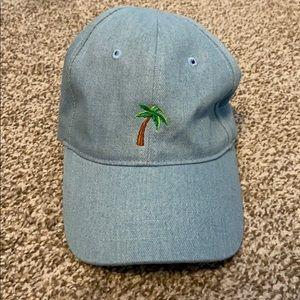 palm tree hat 🌴